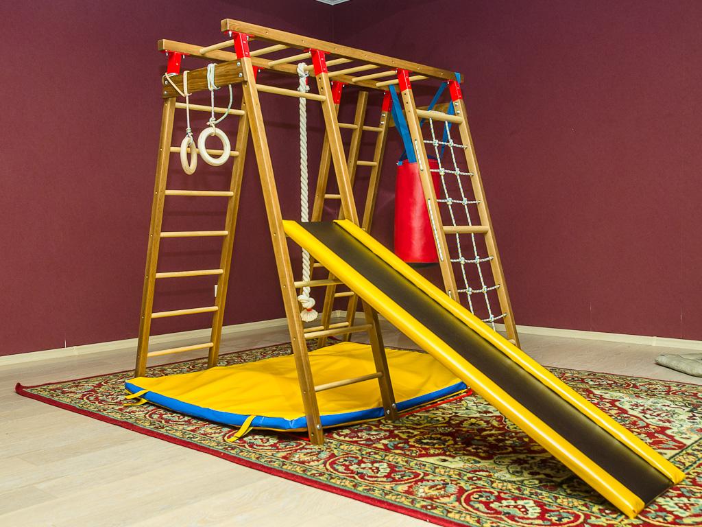 Деревянный спорткомплекс для детей: гармонично и экологично 614